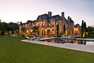 http://joekent.liberty.me/wp-content/uploads/sites/725/2014/05/super-luxury-mansion19.jpg